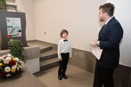 Francesco parla col piccolo